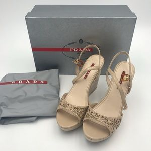 NWT Prada Patent leather platform sandals